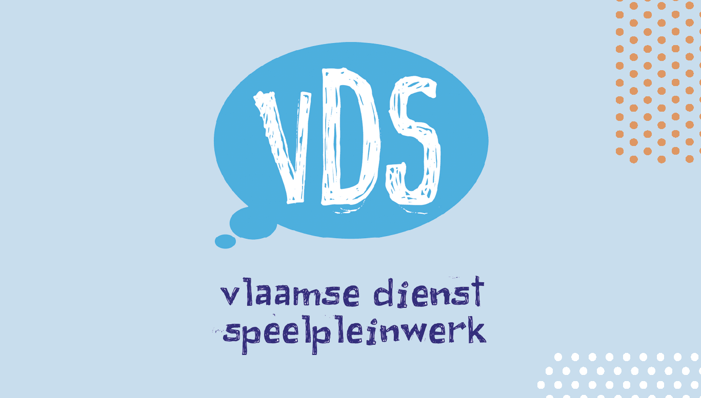 Blauwe tekstballen met initialen VDS: logo Vlaamse Dienst Speelpleinwerk