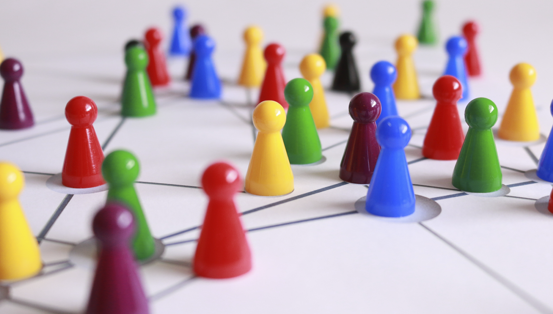 Netwerk gekleurde pionnen